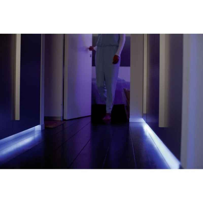 bandeau led lightstrips plus philips hue. Black Bedroom Furniture Sets. Home Design Ideas